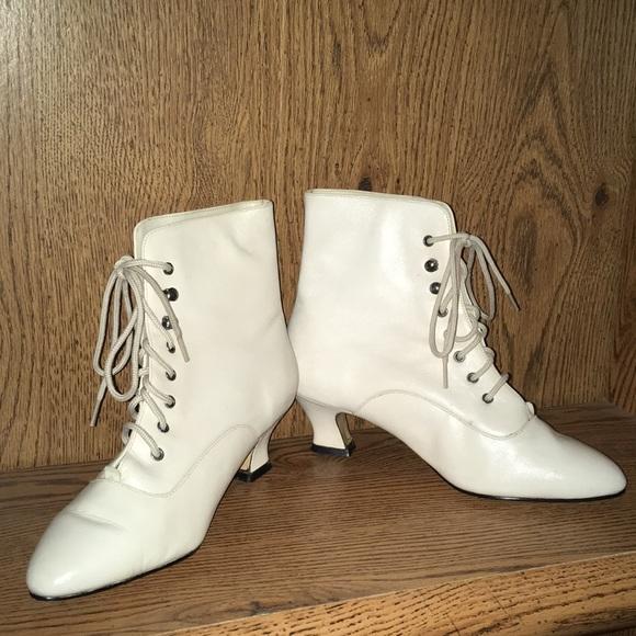 c72cf07fec3 White Granny Boots